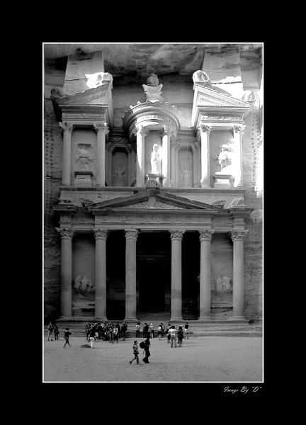 Petra Treasury by DM1