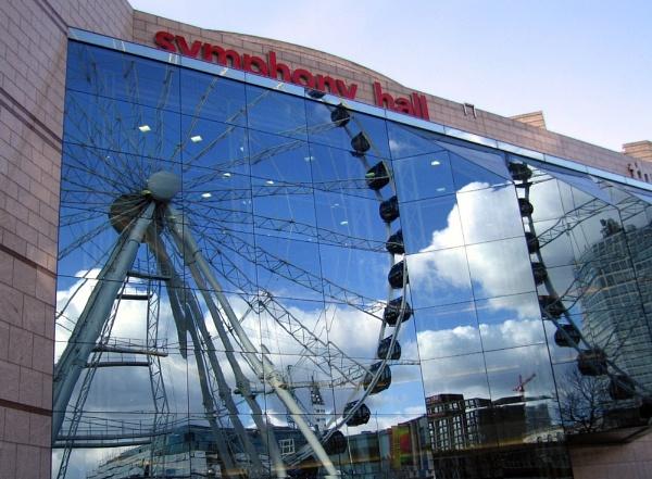 Birminghams Symphony Hall by BillPaskin