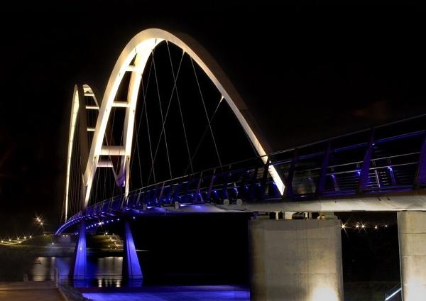 Infinty Bridge by tonyb73