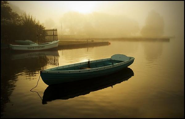 Golden Morn by Helen_Speck