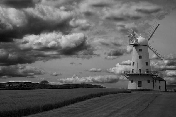 Windmill by Helen_Speck