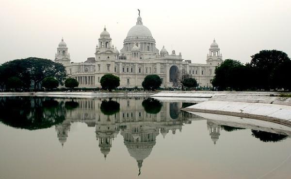 Victoria Memorial, Calcutta by mad abt cars & gals