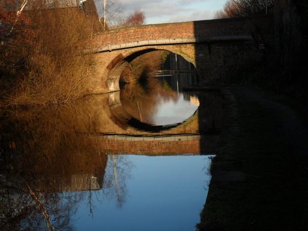 Cadman Bridge, Sheffield-Tinsly Canal by dan3008