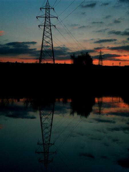 Pylon at sunset by dan3008