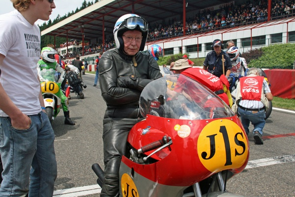 JOHN  SURTEES  THE ONLY PERSON TO HAVE WON BOTH  2 & 4 WHEELS WORLD CHAMPIONSHIPS by Rexcharles