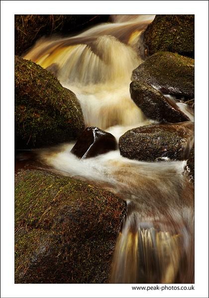 Peaty Gorge by richardwheel