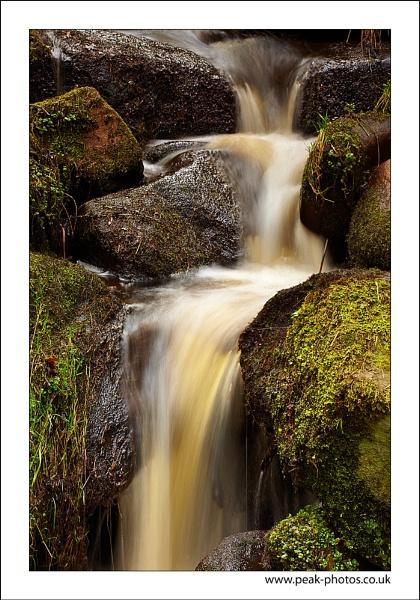 Gorge Flow by richardwheel