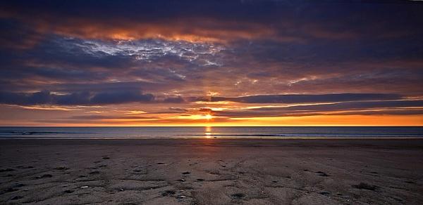 The Morning Sun by MelanieB