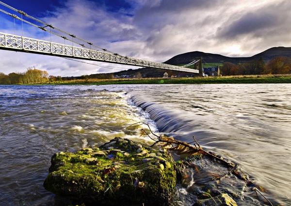 Chain Bridge by BernieBell