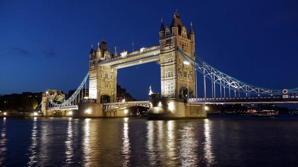 Tower Bridge, London by Fahim