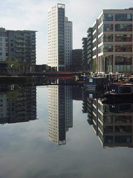 Reflection on a still day. by Barbaraj