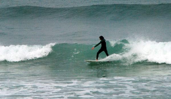 Surfing the waves by suekib
