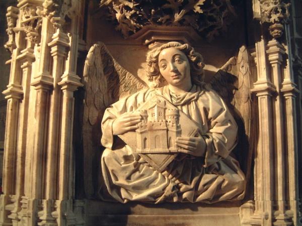 Altar close-up by Elizabethh