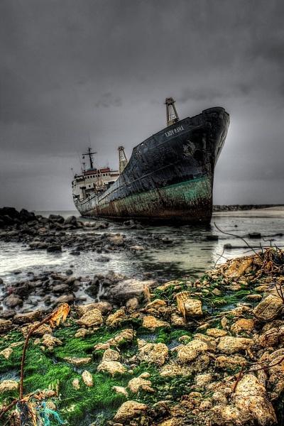 Lady Gaga shipwreck? by astyag