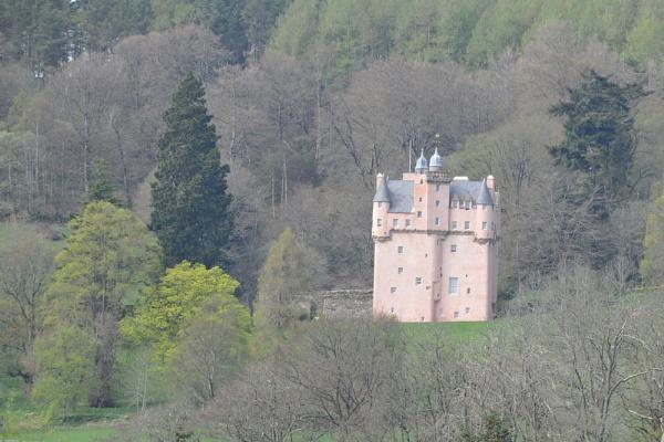 Scottish Castle by trevmsklly