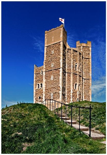 Orford Castle by marathonman2