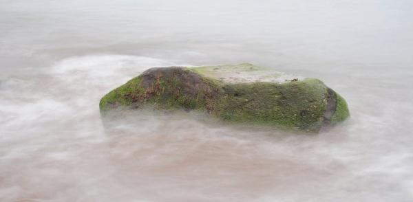 Rock in the tide by jholmes