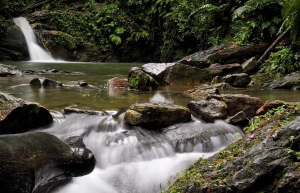 Rio Seco Waterfall by darrylhp