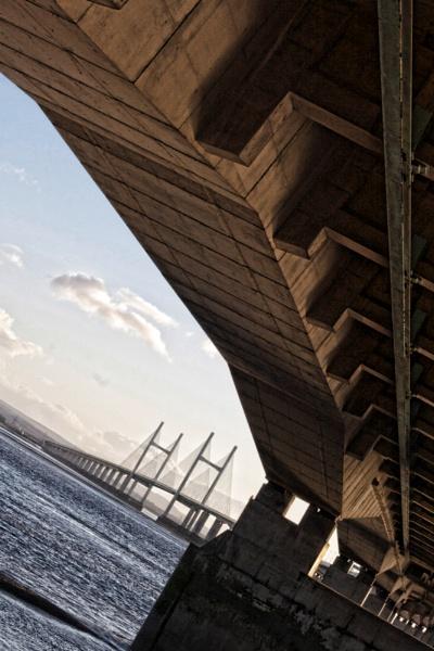 Severn Bridge by davidjleyland