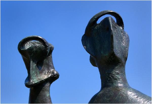 Moore Heads by baclark