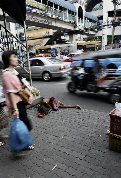 Bangkok Streets by robmann72