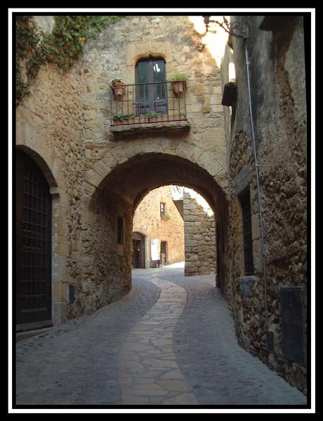 Archway by Elizabethh