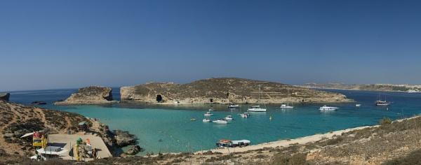 Blue Lagoon Malta by tonpla