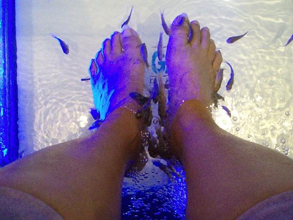 Fish Feet ! by digitalgirl