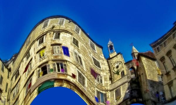Pazza piazza by jadro311