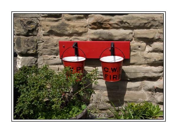 Fire Buckets by peugeot406