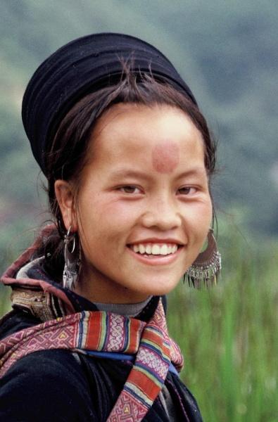 Hmong girl by chrisdunham