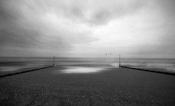Emptiness by hannahlouisefreeman11