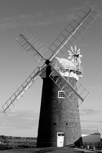 Windmill by Mrserenesunrise