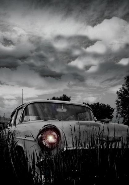 forgotten little car... by becciread