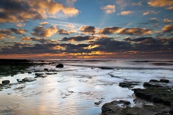Danes Dyke Sunrise by phillG