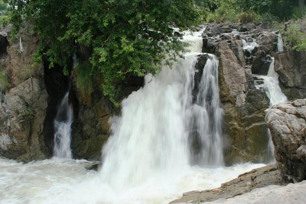 Hogenakkal falls by pingreek