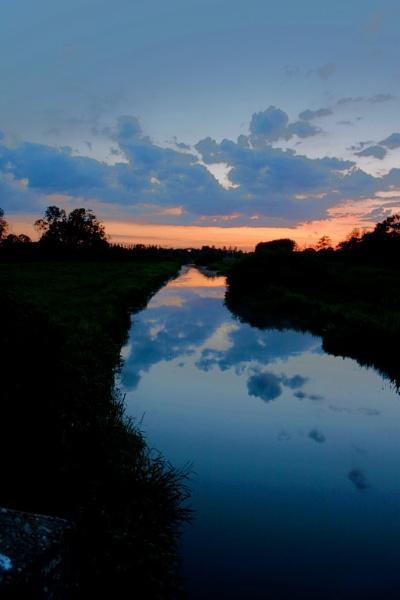 Reflected  Sunset by mlanda