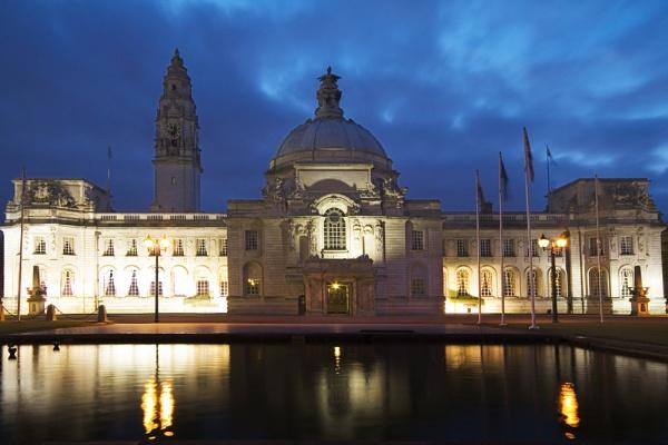 City Hall by moe_101