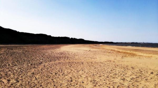 Lowerstoft beach by miaallaker