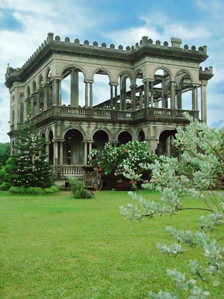 The Ruins by lobski