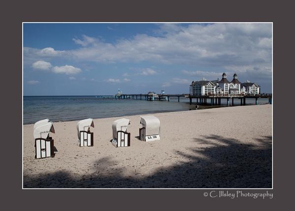 Sellin Pier 1 by CathyI