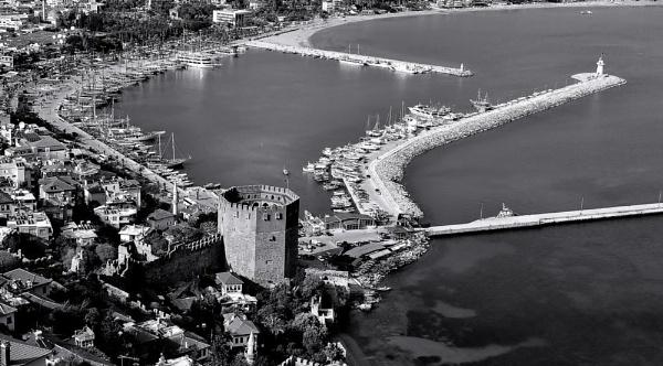 "\""Alanya\'s Harbour\"" by diamondgeaser"