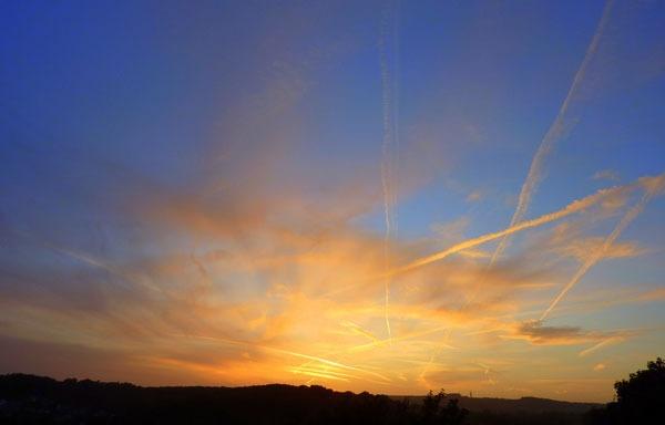 Busy Sky by seaviewlou