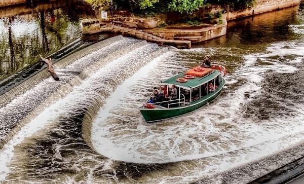 Pulteney Weir, Bath. by bayleaf1