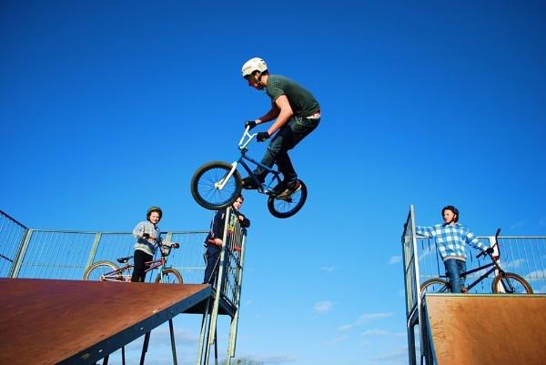 Flying high by mrfmilo