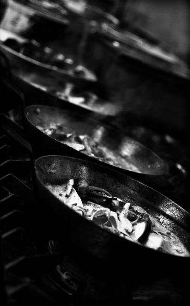 In the Kitchen - Mono by WilliamRoar