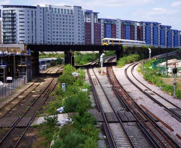 Urban Landscape by tony64