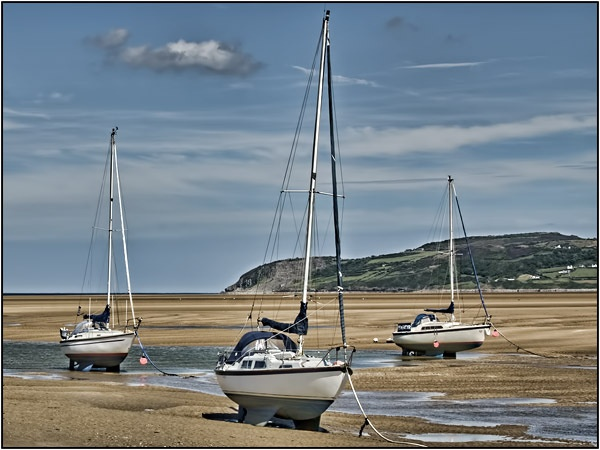 Red Wharf Bay, Anglesey by ptdigital