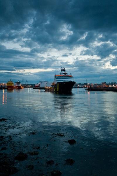 Aberdeen Boat by Biz79