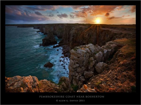 Coastline near Bosherton by Tynnwrlluniau